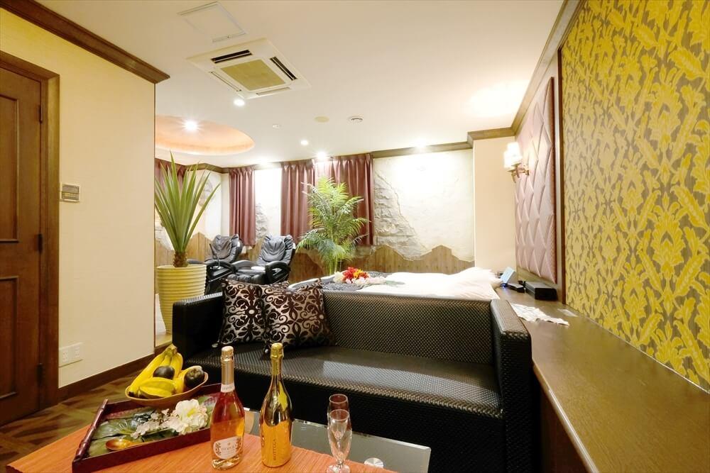 横浜町田ラブホテル 艶 101号室 ベッド